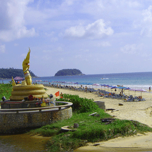 Phuket-The-Most-Beautiful-Beach-Karon-Beach-5