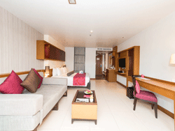 Phuket-Accommodation-Ashlee-Hub-Patong-Beach-Deluxe-5