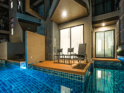 Phuket-accommodation-four-star-the-charm-resort-patong-junior-suite-pool-access-2
