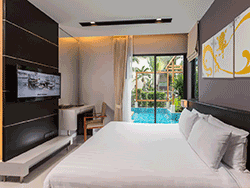 Phuket-accommodation-four-star-the-charm-resort-patong-junior-suite-pool-access-3