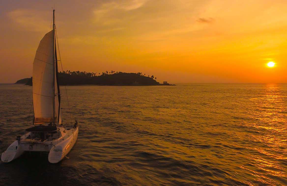 ทัวร์ เกาะเฮ ครึ่งวันบ่าย ล่องเรือเซลลิ่งยอร์ช ซันเซ็ท