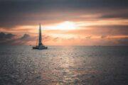 ล่องเรือใบ-คาตามารัน-ชมพระอาทิตย์ตก-บานาน่าบีช