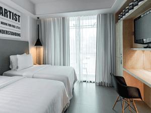 โรงแรม-ชูการ์-มารีน่า-อาร์ท-ภูเก็ต-ห้อง-ดีลักซ์-กะรน-3