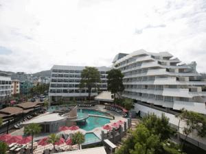 โรงแรม-อันดามัน-แอมเบรส์-ภูเก็ต-ห้อง-ดีลักซ์