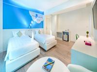 king-bed-hotel-the-tint-at-phuket-2