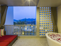 hotel-ramada-deevana-phuket-Junior-Suite-9