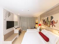 ramada-deevana-phuket-deluxe-room-patong-3