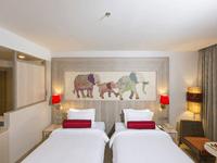 ramada-deevana-phuket-deluxe-room-patong-6