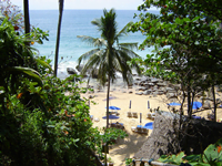 หาด-แหลม-สิงห์-ภูเก็ต-ทะเล-สี-ฟ้า-ใส-4