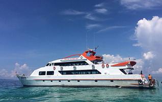 เรือใหญ่-เกาะพีพี-เกาะไม้ไผ่-ดำน้ำ-ดูประการัง-วันเดย์ทริป