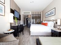 โรงแรม-ใน-ป่าตอง-ภูเก็ต-deevana-plaza-patong-phuket-permier-room-4