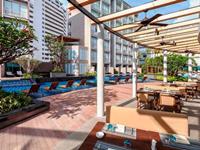 phuket-5-star-accommodation-grand-mercure-patong-otop-shopping-mall-9