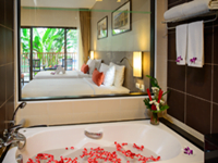 phuket-patong-hotel-accommodation-deevana-plaza-4-star