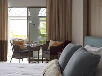 ห้อง-พัก-สไตล์-ชิโนโปตุกีส-โรงแรม-สวัสดี-ป่าตอง-ซูพีเรียล-ใกล้-หาด-ป่าตอง-3