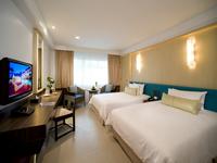 ห้อง-พัก-สไตล์-ชิโนโปตุกีส-โรงแรม-สวัสดี-ป่าตอง-ซูพีเรียล-ใกล้-หาด-ป่าตอง