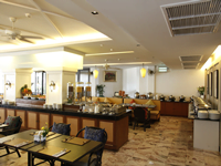 sawaddi-patong-hotel-ที่พัก-ใน-ป่าตอง-ภูเก็ต-ห้อง-พัก-สไตล์-ชิโนโปตุกีส-2