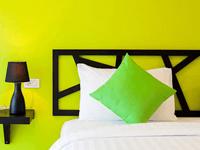 sleep-whale-hotel-krabi-superior-room-4