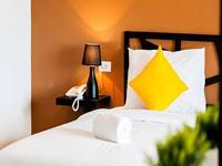 sleep-whale-hotel-krabi-superior-room-5