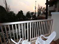 deluxe-sea-view-room-srisuksant-resort-krabi-4