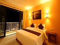 grand-superior-room-hotel-srisuksant-resort-krabi-2
