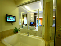 honeymoon-suite-the-small-hotel-krabi-ao-nang-2