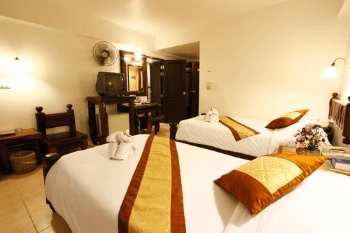 superior-room-ao-nang-sunset-hotel-krabi-2