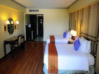 patong-resort-hotel-deluxe-room