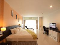 the-lantern-resorts-patong-soi-sansabai-phuket-deluxe-2