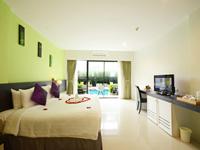 the-lantern-resorts-patong-soi-sansabai-phuket-pool-access