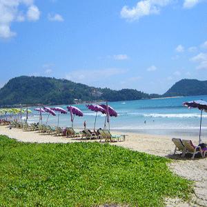Phuket-The-Most-Beautiful-Beach-Karon-Beach-4