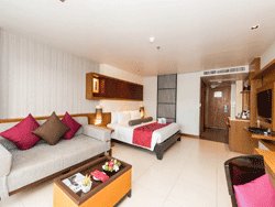 Phuket-Accommodation-Ashlee-Hub-Patong-Beach-Deluxe-3