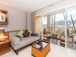 Phuket-Accommodation-Ashlee-Hub-Patong-Beach-Deluxe-7