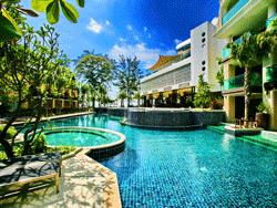 Phuket-Accommodation-Patong-Beach-Front-Graceland-Resort-17
