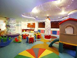 Phuket-Accommodation-Patong-Beach-Front-Graceland-Resort-9
