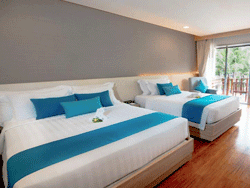 Phuket-Accommodation-Patong-Beach-Front-Graceland-Resort-New-Deluxe-Pool-View-Graceland-Wing