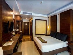 Phuket-Accommodation-Patong-Beach-Thanthip-Resort-Three-Star-Deluxe-Pool-Access-2
