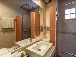 Phuket-Accommodation-Patong-Beach-Thanthip-Resort-Three-Star-Standar-2