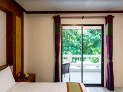 Phuket-Accommodation-Patong-Beach-Thanthip-Resort-Three-Star-Standar-3
