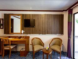 Phuket-Accommodation-Patong-Beach-Thanthip-Resort-Three-Star-Superior-2
