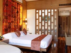 Phuket-Accommodation-The-Royal-Paradise-Patong-Hotel-Deluxe-3