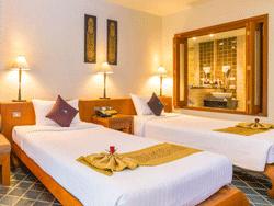 Phuket-Accommodation-The-Royal-Paradise-Patong-Hotel-Royal-Wing-2