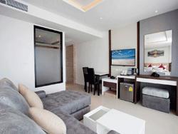 Phuket-New-Accommodation-Paripas-Patong-Resort-Suite-2