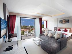 Phuket-New-Accommodation-Paripas-Patong-Resort-Suite