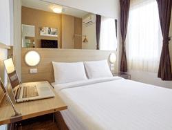 Phuket-Three-Star-Accommodation-Red-Planet-Patong-7
