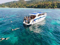 วันเดย์-ชม-พระอาทิตย์-ขึ้น-รุ่งอรุณ-เกาะพีพี-อ่าวมาหยา-เกาะไม้ไผ่-ภูเก็ต-เรือเร็ว-17