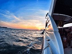 วันเดย์-ชม-พระอาทิตย์-ขึ้น-รุ่งอรุณ-เกาะพีพี-อ่าวมาหยา-เกาะไม้ไผ่-ภูเก็ต-เรือเร็ว-2