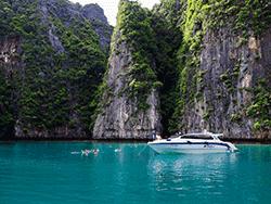 วันเดย์-ชม-พระอาทิตย์-ขึ้น-รุ่งอรุณ-เกาะพีพี-อ่าวมาหยา-เกาะไม้ไผ่-ภูเก็ต-เรือเร็ว-27