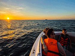 วันเดย์-ชม-พระอาทิตย์-ขึ้น-รุ่งอรุณ-เกาะพีพี-อ่าวมาหยา-เกาะไม้ไผ่-ภูเก็ต-เรือเร็ว-44