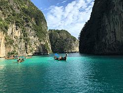 วันเดย์-ชม-พระอาทิตย์-ขึ้น-รุ่งอรุณ-เกาะพีพี-อ่าวมาหยา-เกาะไม้ไผ่-ภูเก็ต-เรือเร็ว-9