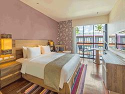 Phuket-Accommodation-Patong-Beach-Holiday-Inn-Express-Hotel-12